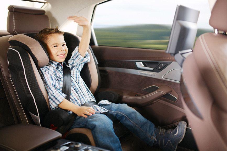 Перевозка детей в автокресле