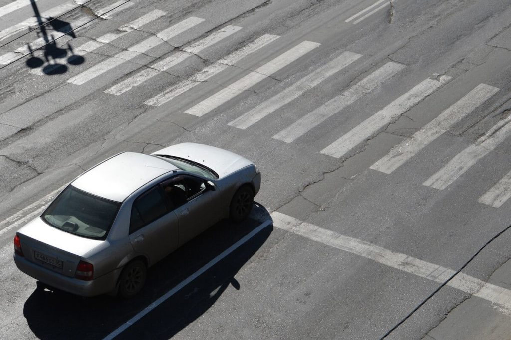 Штраф за пересечение стоп линии на фото