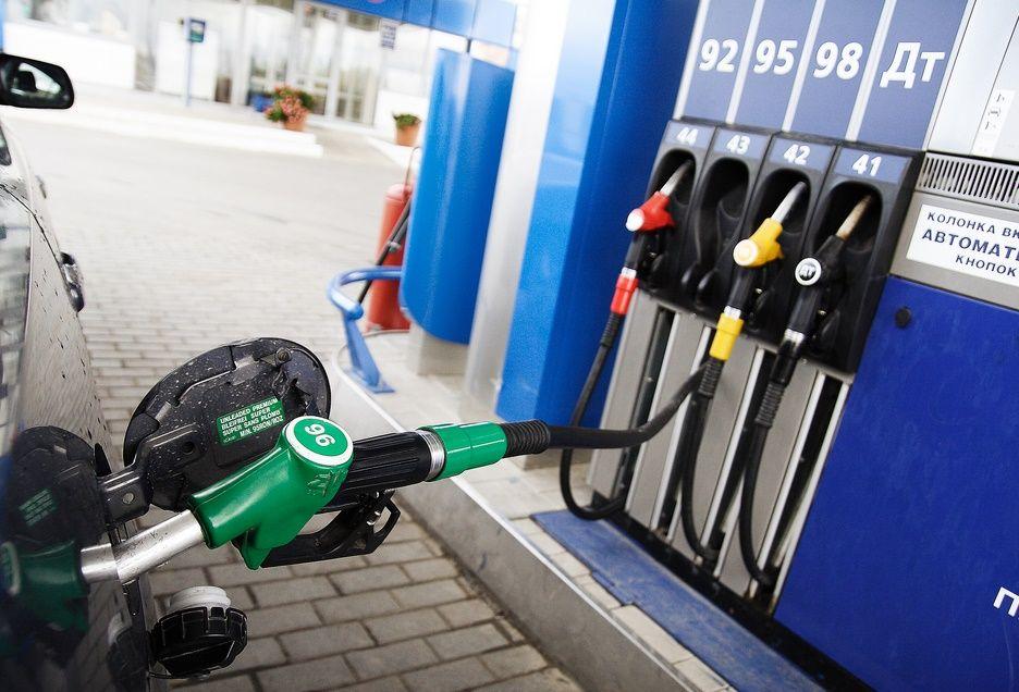 Какой бензин лучше заливать – АИ-92 или 95?