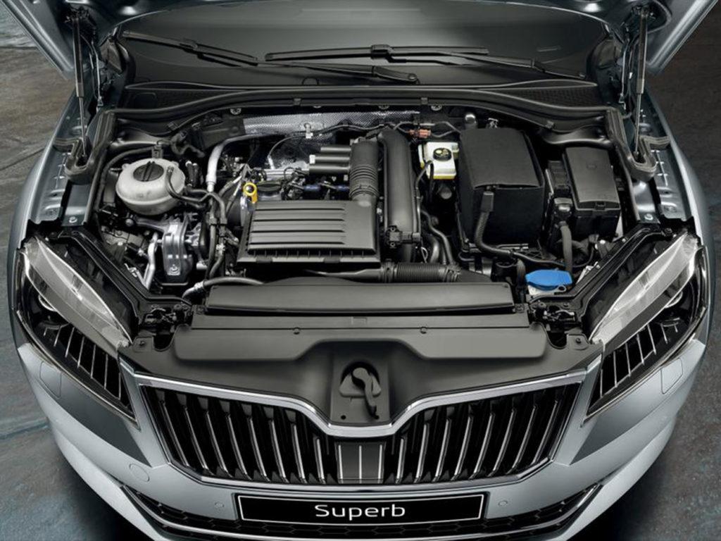 Skoda Superb комплектация двигателя